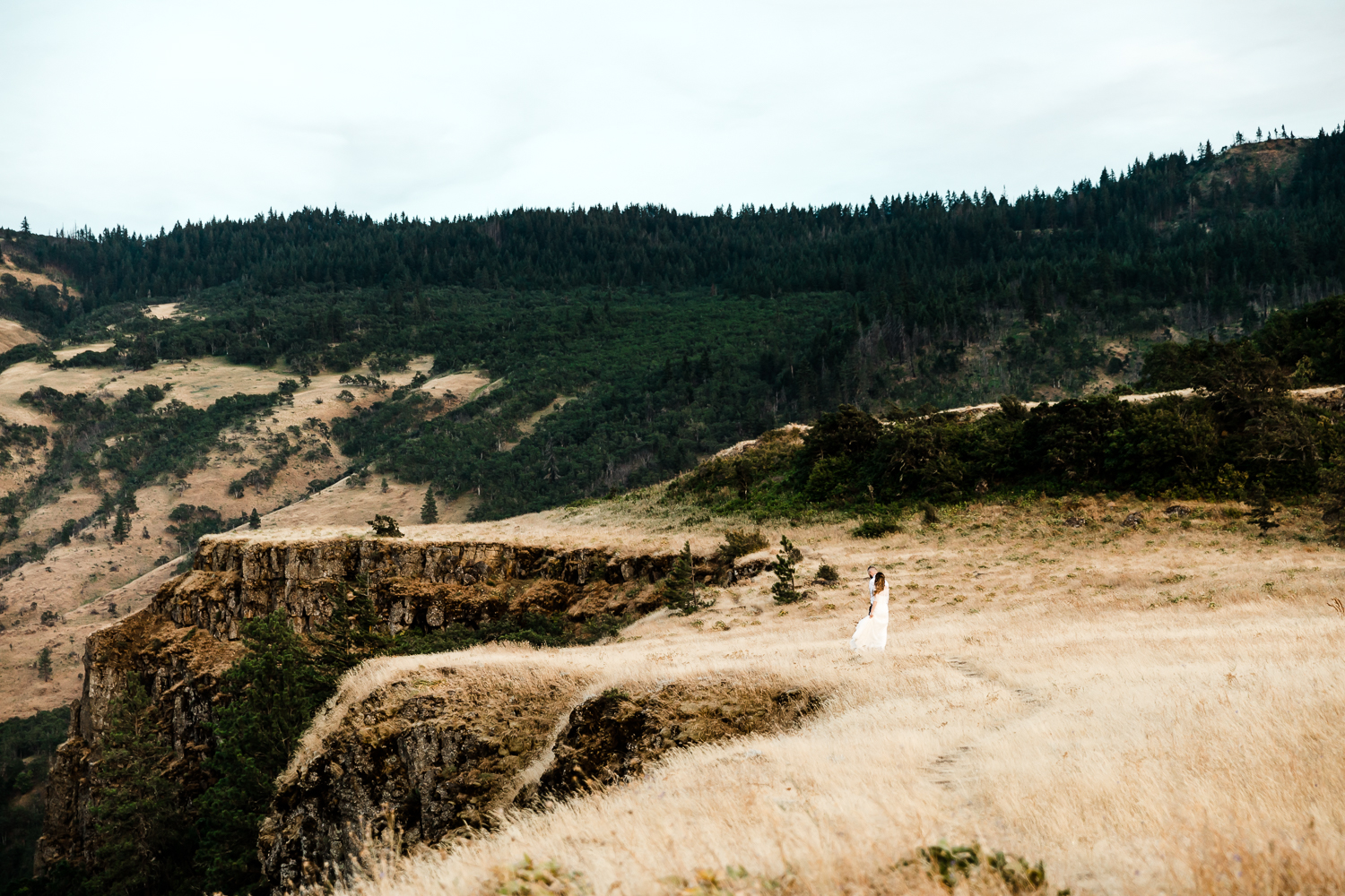 Columbia Gorge Elopement